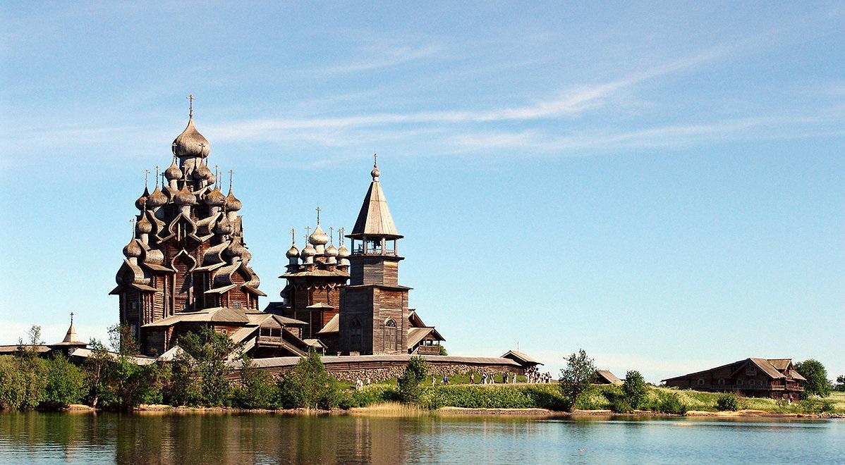«Кижи» — государственный историко-архитектурный и этнографический музей-заповедник, расположенный в Республике Карелия